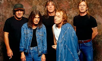 AC/DC frontman Brian Johnson revealed in a new interview (see video below) with OversteetTV.net that the band's new live album, and accompanying concert video, will...